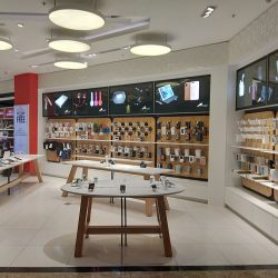 Mumbai Duty Free opens Maple electronics store