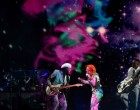 Gaga Bowie Grammy's tribute ends in Holo-Gauze explosion