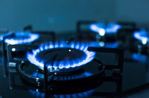 Government to enforce energy price cap on 'poor-value' tariffs