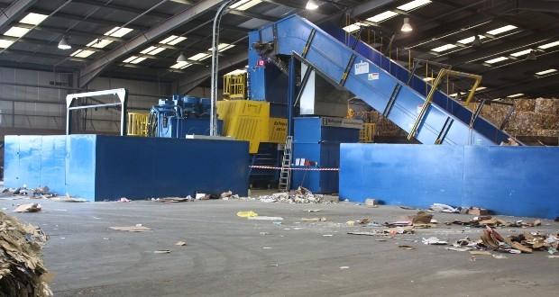 officiële winkel beste leverancier hoogwaardige sportkleding Smurfit Kappa UK Recycling invests in depot network