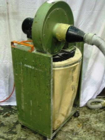Dewalt Portable Dust Extractor