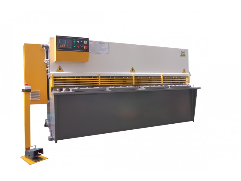 Chester HS12 x 3200 Shearing Machine – Hydraulic