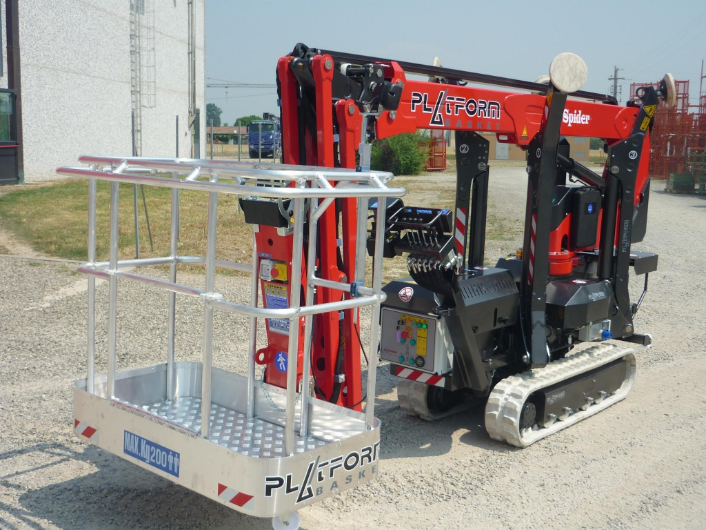Spider Tracked Chassis Access Platform