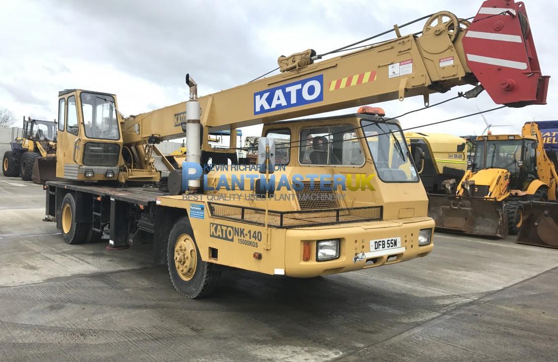 Kato NK 140 4×2 Truck Crane