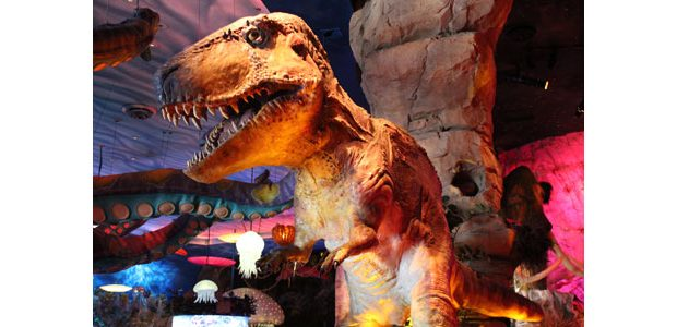 Av Stumpfl Brings Dinosaur Cafe Av Out Of The Stone Age